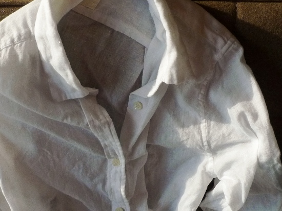 【アラフィフ・クローゼット】リネンシャツを新調・私が気をつけていること