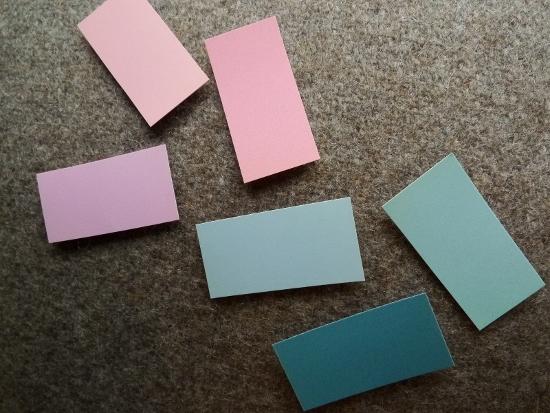 ベーシックに+きれい色ピンクと水色が気になります