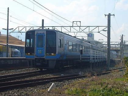 伊予市駅16