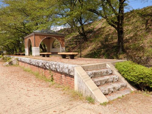 廃線跡「JR中央本線 旧大日影トンネル」を歩いて、心地よい汗!