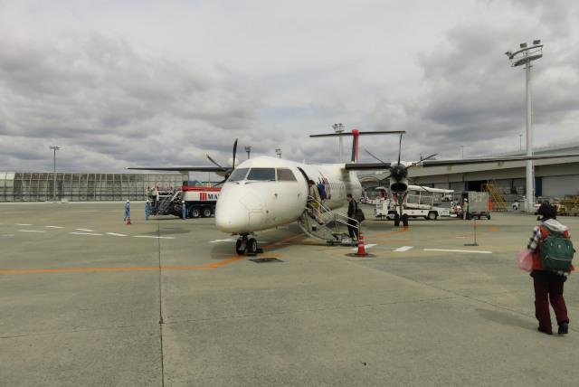 伊丹空港_JAC2453_屋久島行_プロペラ機
