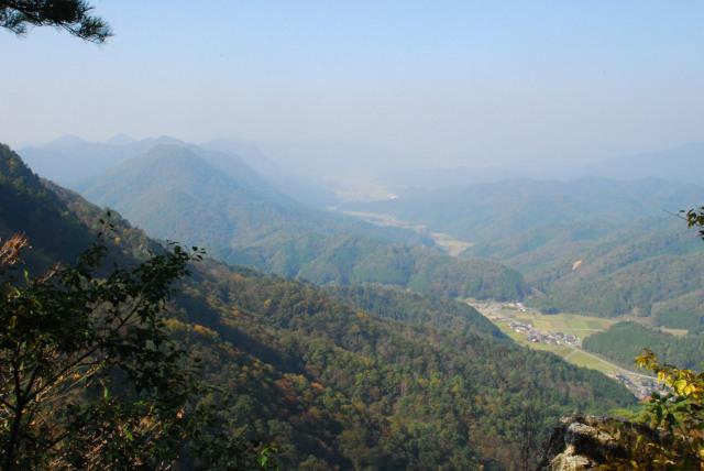 三岳登山道_栗柄集落の眺め
