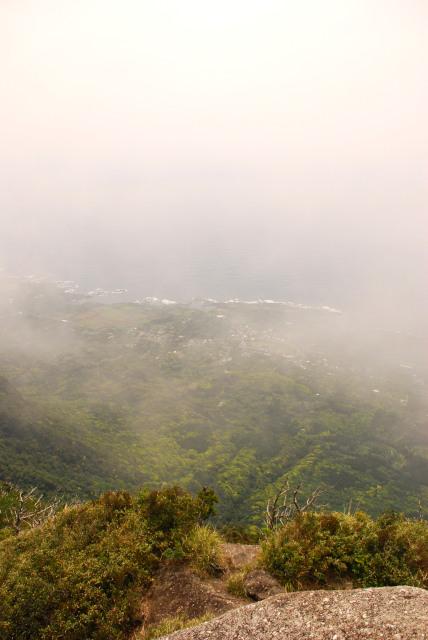 モッチョム岳_登山道_尾之間の眺め