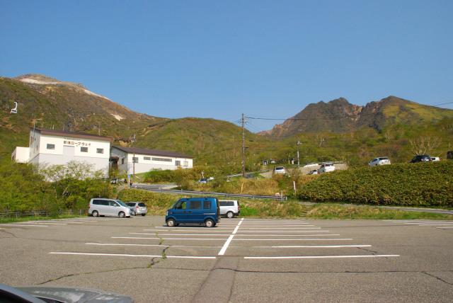 那須ロープウェイ乗り場の駐車場