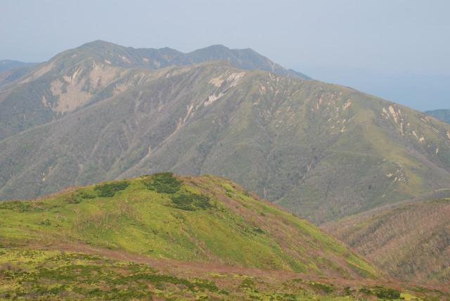 流石山、三倉山、大倉山、三本槍と思っていたのは裏那須三山だった