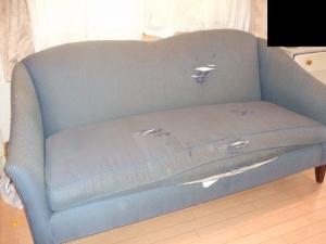 ETHAN ALLEN(イーセンアーレン)のソファ
