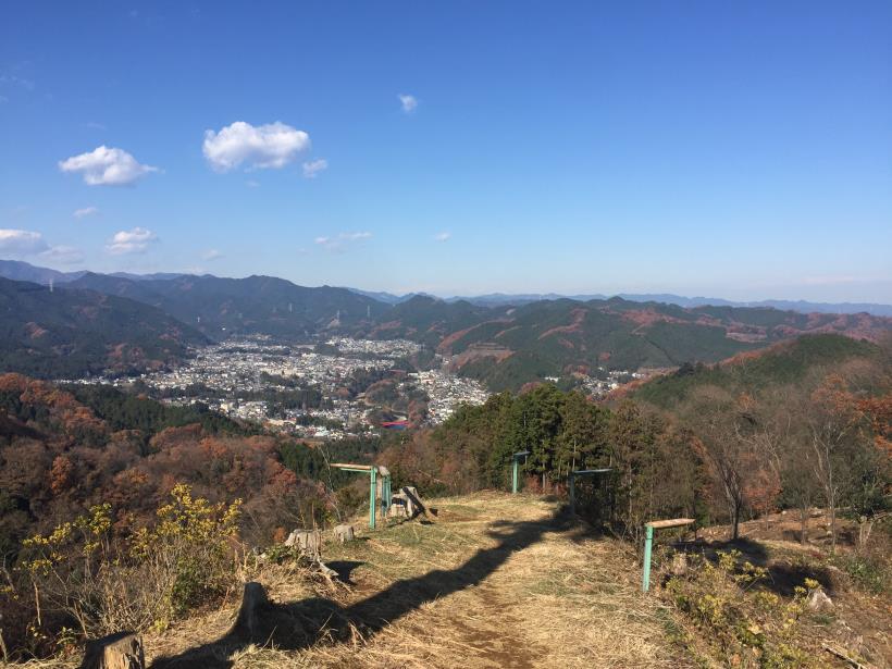 mahikisawakazamaki64.jpg