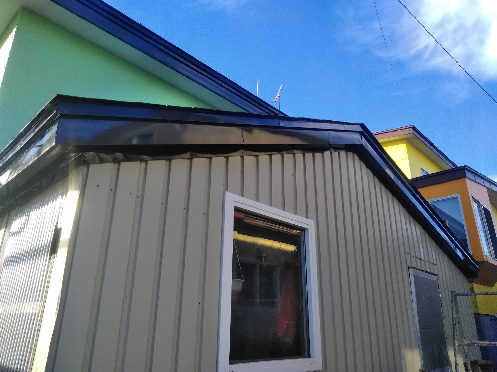 武藤塗装応援 大楽毛現場 屋根天板破風 仕上がり2
