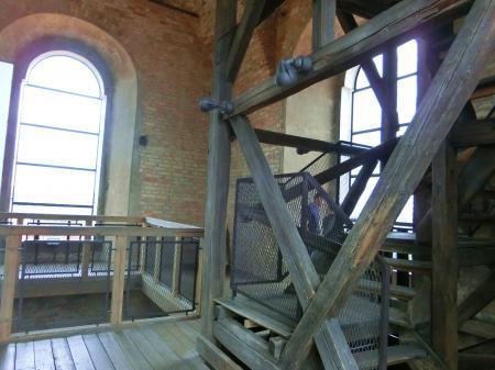 聖ヨハネ教会の鐘楼とヴィリニュス大学4