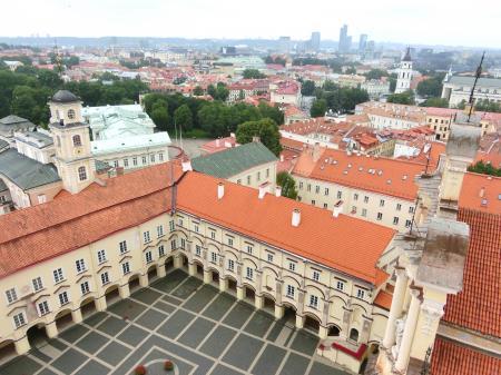 聖ヨハネ教会の鐘楼とヴィリニュス大学6