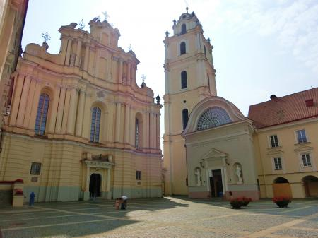 聖ヨハネ教会の鐘楼とヴィリニュス大学14