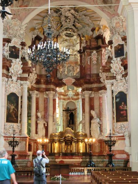 聖ヨハネ教会の鐘楼とヴィリニュス大学16