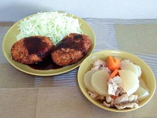 160927_4194デカ・コロッケ・豚肉と根菜の煮物VGA