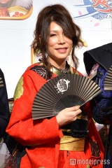 161005「女性」になったKABAちゃん-モデルプレス- m_mdpr-1620962_480x720