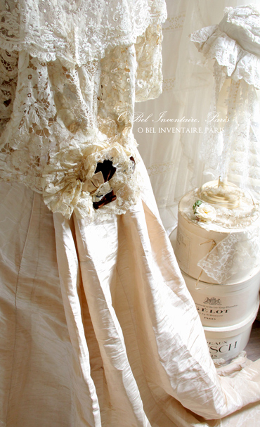 antique_dress1173.jpg
