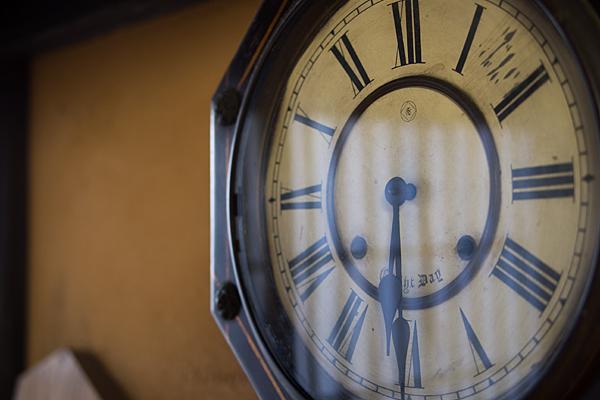 古い柱時計
