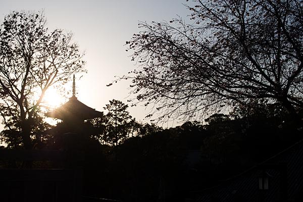 夕焼けの興正寺