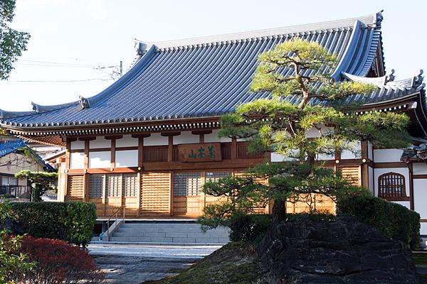 良福寺本堂