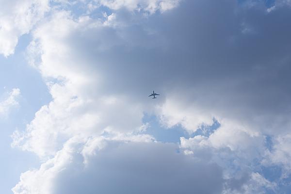 飛行機のいる空