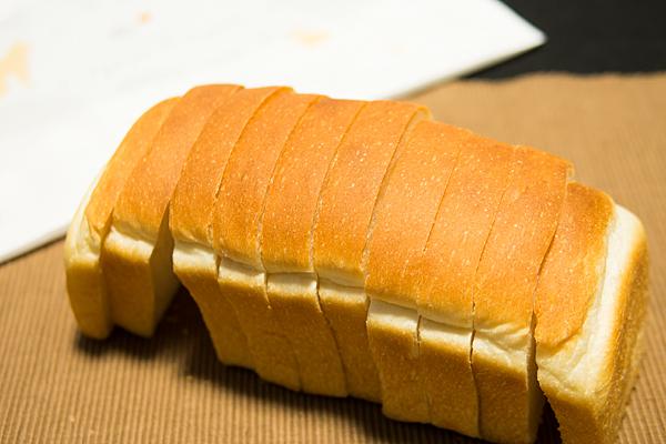 レキップドコガネイ食パン