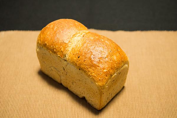 かきぬま食パン