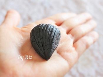 自然共生 発酵黒にんにく 1片の大きさ