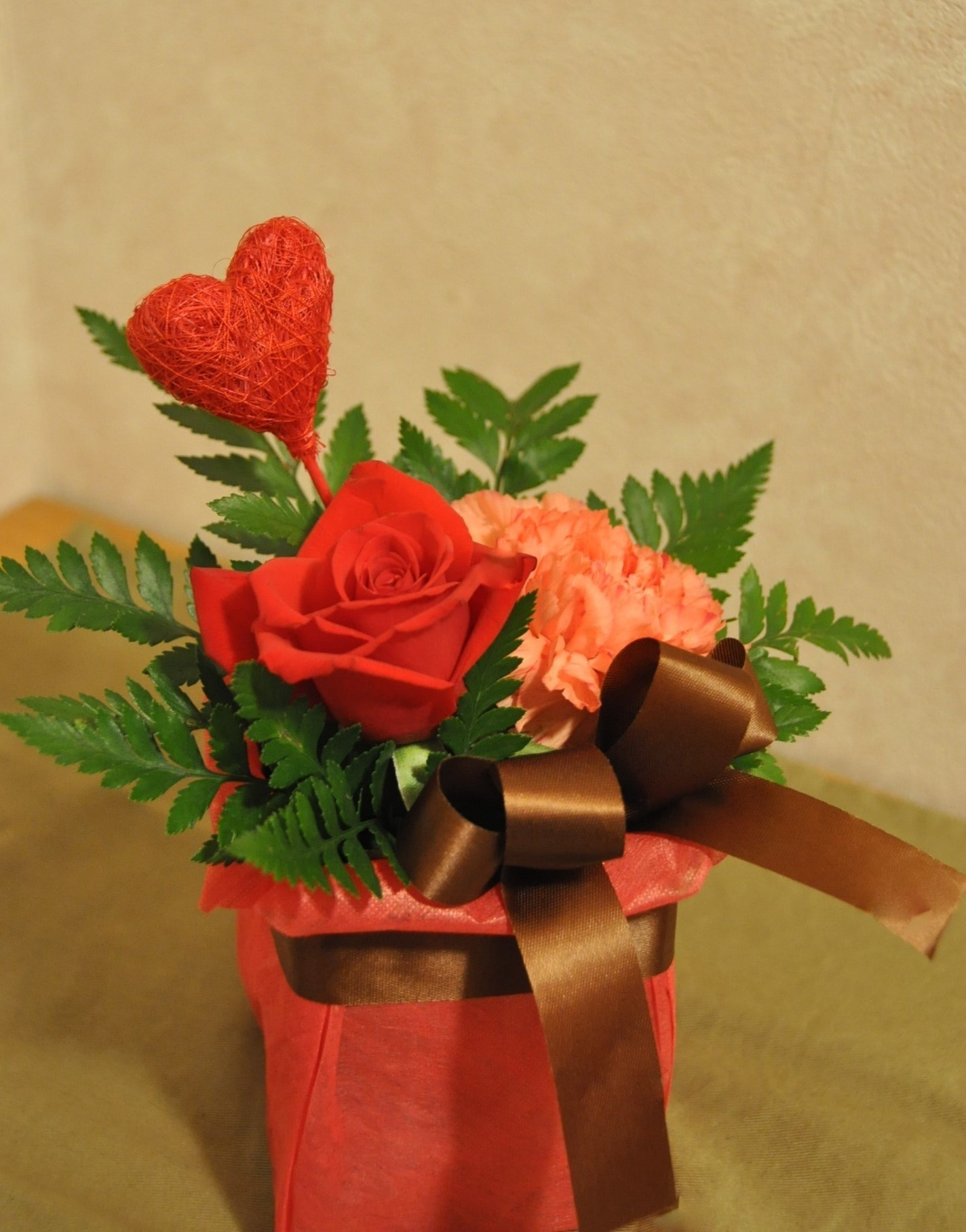 valentine-r.jpg