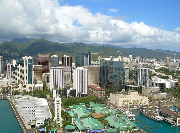 ハワイ・ホノルルの「3分の男」たち ~ アメリカ政府も出資した、とある社会システム