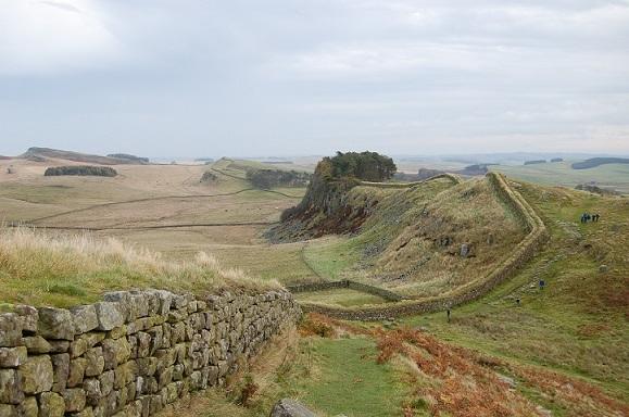 イギリスにもある「万里の長城」 ~ イギリス王室とヴァイキング