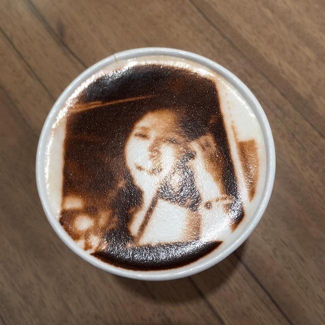 CROSSING CAFÉ