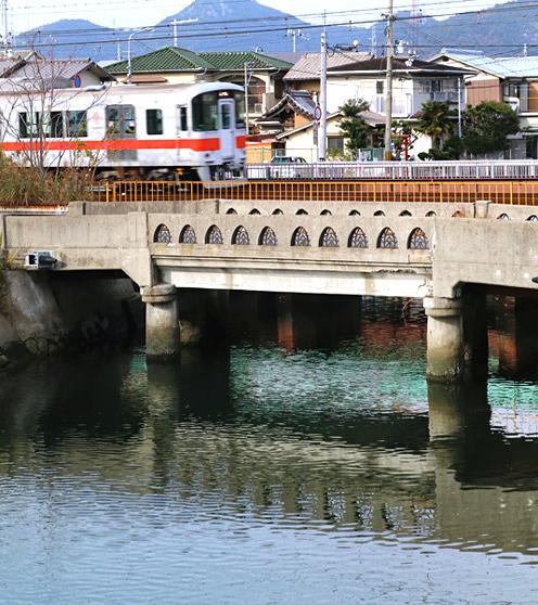 yakamaa03.jpg