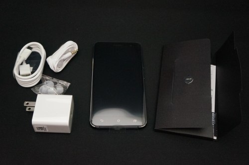 ZenFone3_ZE520KL_011.jpg