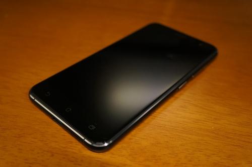 ZenFone3_ZE520KL_020.jpg