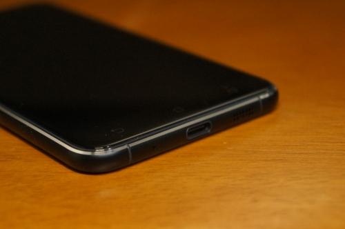 ZenFone3_ZE520KL_021.jpg