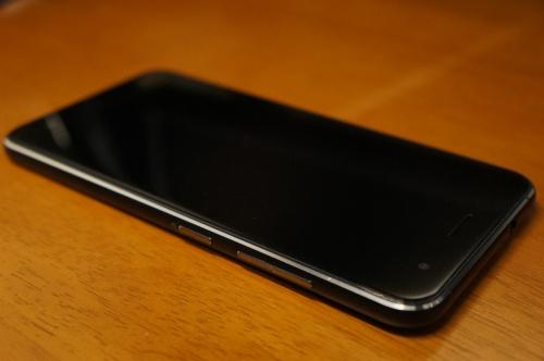 ZenFone3_ZE520KL_023.jpg