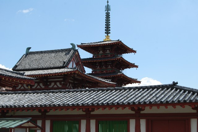 四天王寺 五重塔と金堂