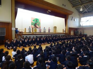 4年生の素晴らしい謡で開会