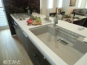 モデルルーム、システムキッチン