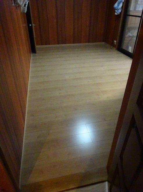 N山邸リフォーム ~ 洋間 床 ・玄関ホール床
