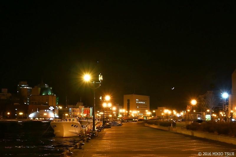 0063 夜の釧路川 (北海道 釧路市)
